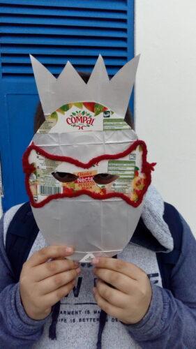 Ananás em máscara