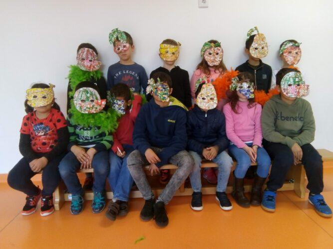 As nossas máscaras<br/>Após conclusão das máscaras, os alunos tiraram fotografias e divulgaram o seu trabalho pelas diversas salas de aula.