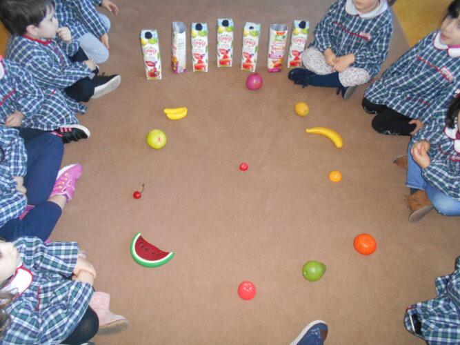 Jogos com frutas.
