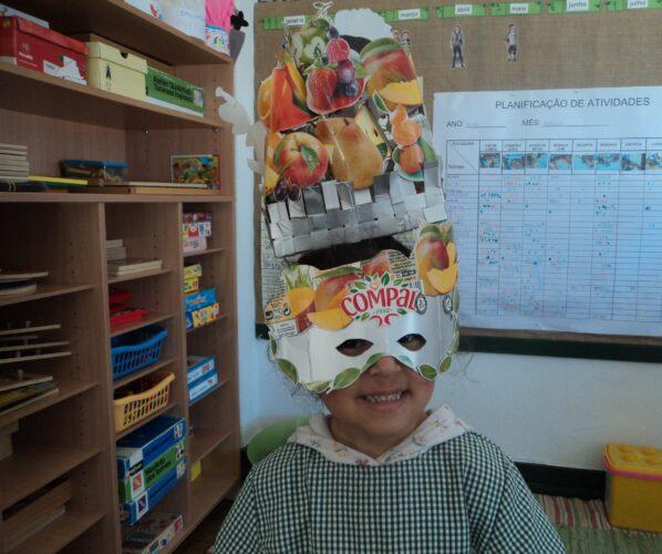 Produto final (máscara, prolongamento de cesta com frutos)