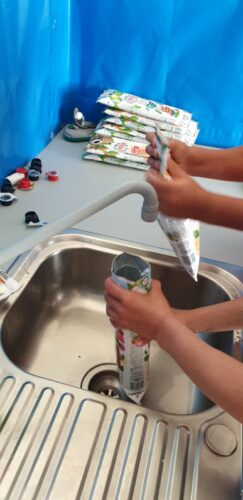 Recolha e limpeza das embalagens Tetra Pack Compal