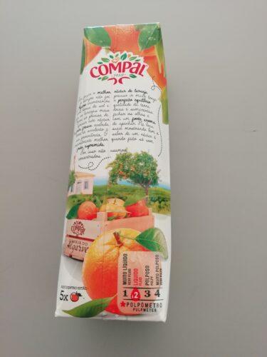 Embalagem tetrapak da compal utilizada para a elaboração dos trabalhos