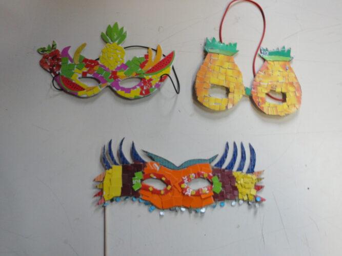 Mascarilhas construídas pelos alunos da turma A do 6º ano.