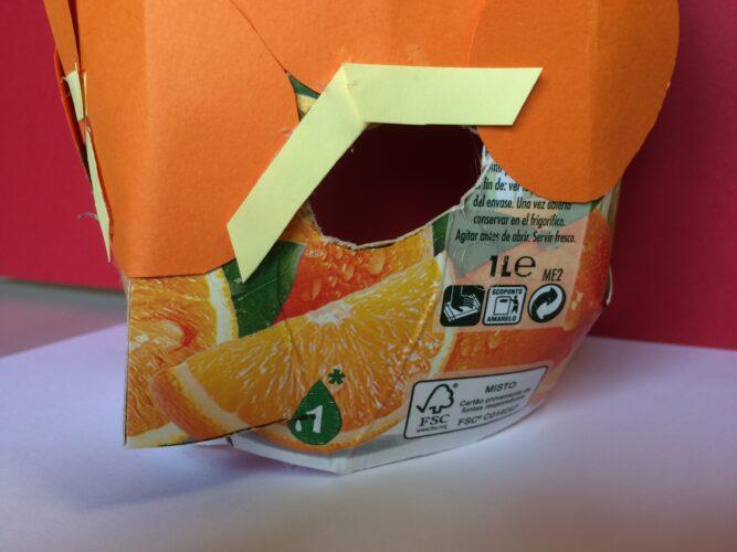 Pormenor do logótipo da Tetra Pak e a marca FSC®;